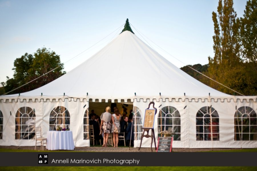 40x40 traditional marquee with Georgian windows